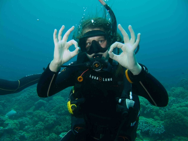 PADI Advance Open water course in Dauin Philippines